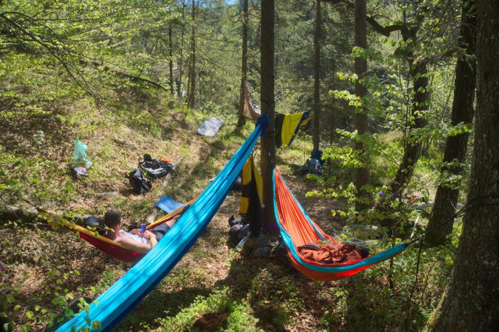 Hängematten-Basecamp