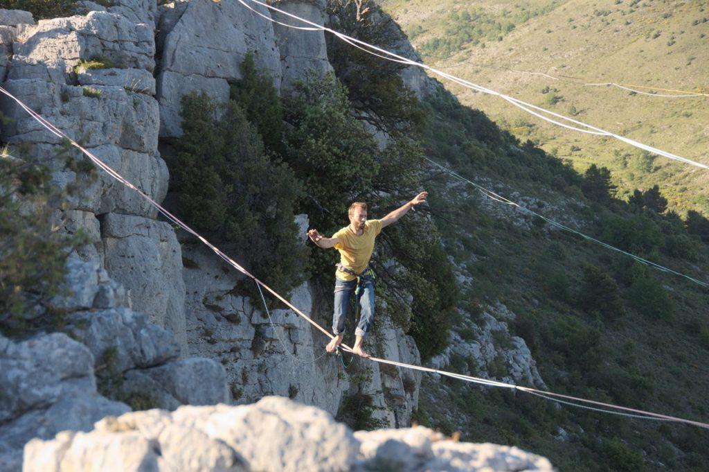 Erste Schritt von Christoph auf der 40m+ Line (Fotocredit: Sarah)