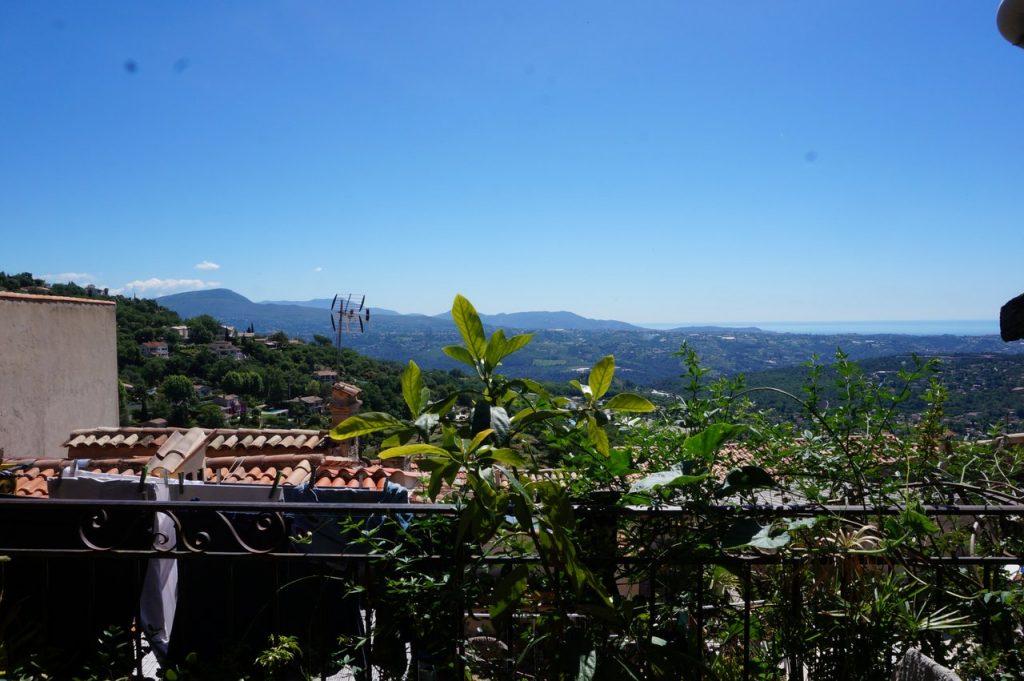 Ausblick auf die Côte d'Azur von Caros Wohnung