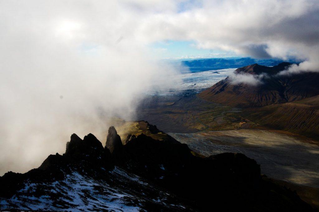 Blick über den Gipfelgrat des Kristínartindar