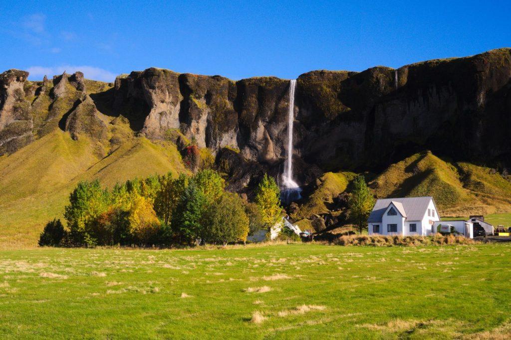 Bauernhof mit privatem Wasserfall