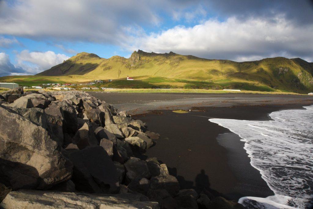 die kleine Ortschaft Vik im Süden von Island